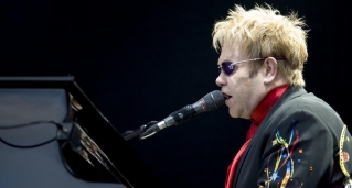 Elton John. Source: Richard Mushet on Wikimedia Commons.
