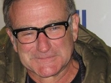Robin Williams in 2007. <br /><br />Public Domain.